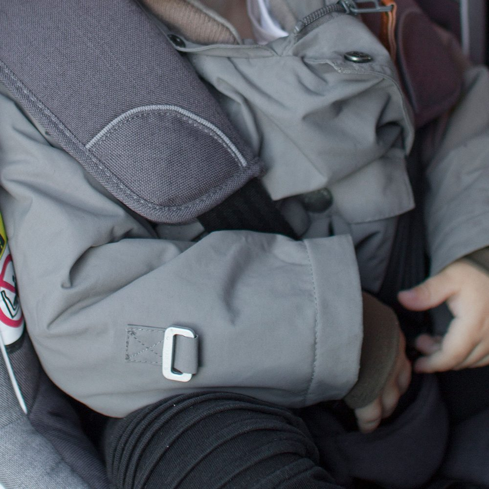 winter jackets in car seats instruction 1